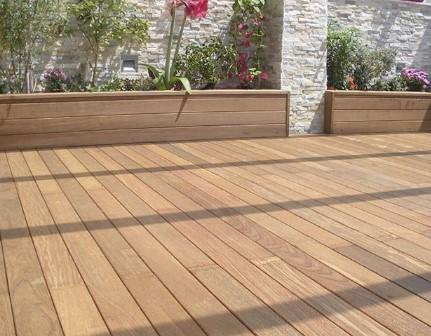 Suelos y tarimas de madera para exteriores